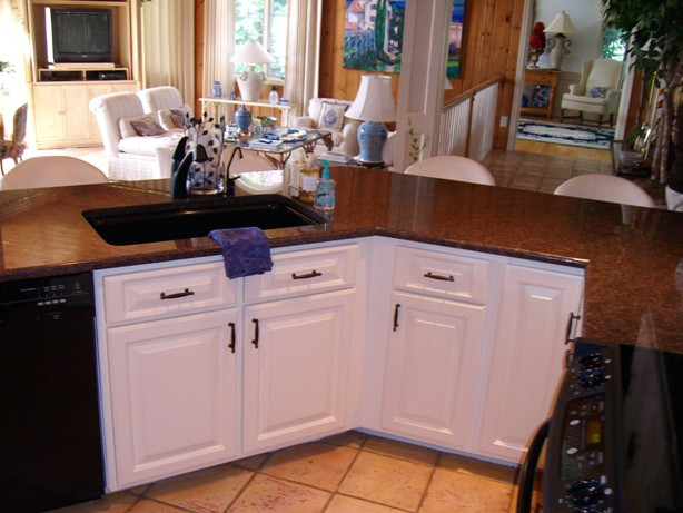 Refacing kitchen for a low cost dramatic improvement cabinet refacing Cabinet Refacing Reface1
